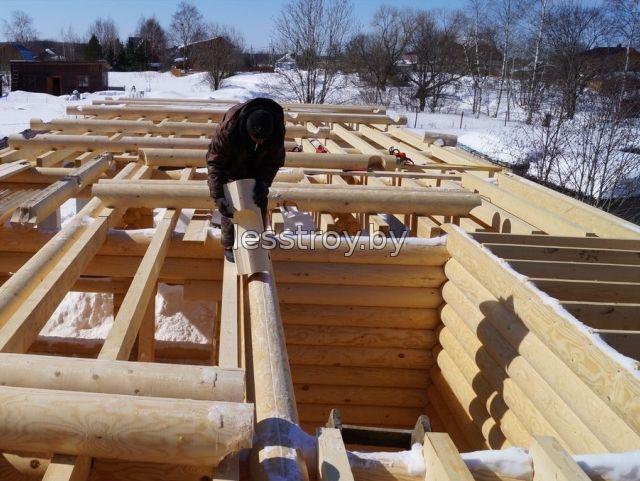 Строительство деревяного дома из бревна зимой
